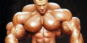 huge-body-builder-guy